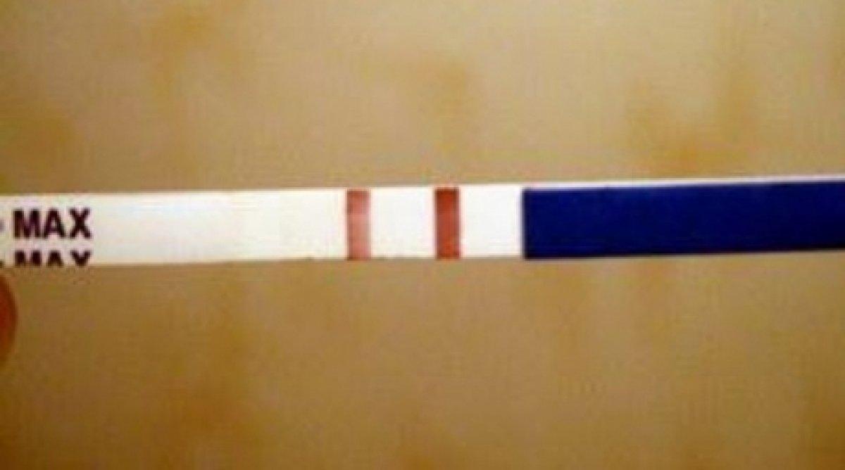Две полоски на тесте беременности